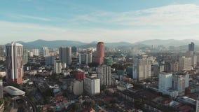 Kuala Lumpur, Malasia - 21 de enero de 2019: Vista a?rea de la capital de Malasia Kuala Lumpur de una altura almacen de video