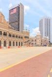 KUALA LUMPUR, MALAYSIA - 14. AUGUST 2016: Das Sultan Abdul Samad-Gebäude, die alte Post und nationale das Textilmuseum im August Stockfoto