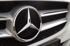 KUALA LUMPUR MALAYSIA - Augusti 12, 2017: Mercedes-Benz är en glo Arkivfoton