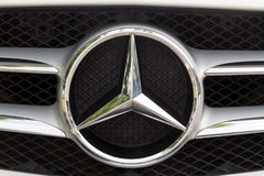KUALA LUMPUR MALAYSIA - Augusti 12, 2017: Mercedes-Benz är en glo Arkivfoto
