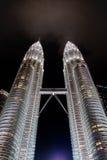 KUALA LUMPUR, MALAYSIA - 29. FEBRUAR: Petronas-Twin Tower im Februar Lizenzfreie Stockfotos