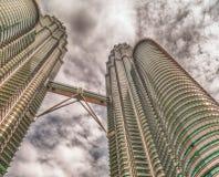 KUALA LUMPUR MALAYSIA - JULI 21, 2010: Petronas tvillingbröder för Arkivbilder