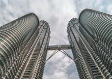 KUALA LUMPUR, MALAYSIA - 21. JULI 2010: Petronas-Twin Tower für Stockfoto