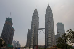KUALA LUMPUR, MALAYSIA - MARCH 4 Thick haze over Petronas Twin T Royalty Free Stock Photography