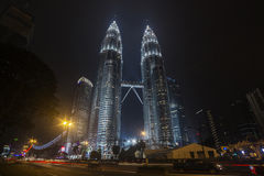 KUALA LUMPUR MALAYSIA - MARS 11 2014 Petronas Royaltyfria Foton