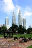 KUALA LUMPUR MALAYSIA - mars 20 2017: Petronas tvillingbröder på mars 20 2017 i Kuala Lumpur, Malaysia Arkivbild