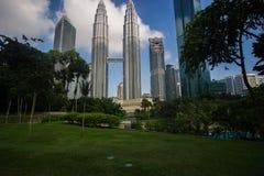 Kuala Lumpur malaysia petronas för byggnadsdetaljfacade mest högväxt torn royaltyfri foto