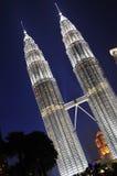 Kuala Lumpur malaysia petronas torn kopplar samman Fotografering för Bildbyråer
