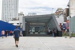 KUALA LUMPUR, MALEISIË - DECEMBER 31.2017: Ingang aan het recentste openbaar vervoersysteem in Klang-Vallei, Bukit Bintang Mass Royalty-vrije Stock Foto's