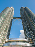 KUALA LUMPUR, MALEISIË - 29 FEBRUARI: Petronas Tweelingtorens beroemd Stock Foto