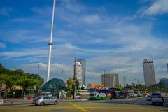Kuala Lumpur, Maleisië - Maart 9, 2017: De vlag van Maleisië golven lang in Merdaka-Vierkant, in de stad de stad in Stock Afbeelding