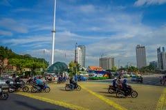 Kuala Lumpur, Maleisië - Maart 9, 2017: De vlag van Maleisië golven lang in Merdaka-Vierkant, in de stad de stad in Royalty-vrije Stock Fotografie