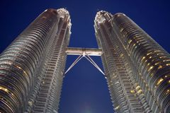 Kuala Lumpur, Maleisië - November 3, 2017: De tweelingbrug van de Torenshemel Royalty-vrije Stock Foto