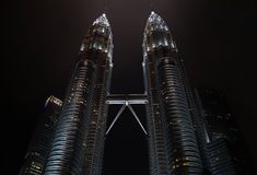 KUALA LUMPUR, MALESIA - 10 DESEMBER 2014: Torri gemelle di Petronas Fotografie Stock