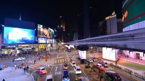 Kuala Lumpur Malezja, Lipiec, - 17, 2018: Nighttime upływ ruch drogowy na Jalan Bukit Bintang zbiory