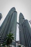 Kuala Lumpur Malezja, Marzec, - 9, 2017: Petronas Góruję jest wysokimi bliźniaczymi wieżami w świacie i znacząco Obraz Royalty Free