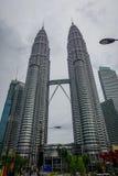 Kuala Lumpur Malezja, Marzec, - 9, 2017: Petronas Góruję jest wysokimi bliźniaczymi wieżami w świacie i znacząco Obraz Stock