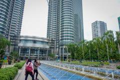 Kuala Lumpur Malezja, Marzec, - 9, 2017: Petronas Góruję jest wysokimi bliźniaczymi wieżami w świacie i znacząco Obrazy Royalty Free