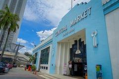 Kuala Lumpur Malezja, Marzec, - 9, 2017: Stara błękitna rocznik fasada Cental rynek w Jln zrozumieniu Kasturi Rynek Zdjęcia Royalty Free