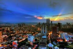 Kuala Lumpur miasto podczas błękitnej godziny Zdjęcie Royalty Free