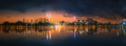Kuala Lumpur nattlandskap, slotten av kultur Arkivbild