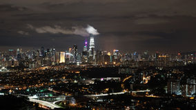 Kuala Lumpur połysk w nocy Fotografia Royalty Free
