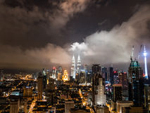 Kuala Lumpur Skyline Night View stock afbeelding