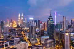 Kuala Lumpur stadssikt med berömda Petronas torn Arkivfoton