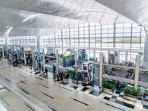Kualanamu internationell flygplats med rymligt väntande rum arkivbilder