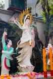 Kuan尹,在李Thi M里面的观音菩萨陶瓷雕象  图库摄影