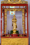 Kuan尹,小行政区寺庙的观音菩萨雕象  库存照片