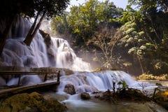 kuang老挝luang prabang si瀑布 库存图片