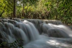 Kuang Si Falls romantique Photo libre de droits