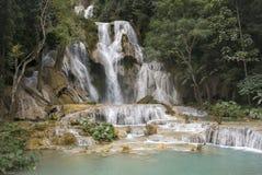 Kuang Si vattenfall, Laos royaltyfri bild