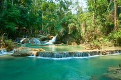 Kuang Si Waterfall i Luang Prabang laos Landskap 2019 arkivfoton