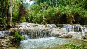 Kuang Si Waterfall in Laos royalty-vrije stock fotografie