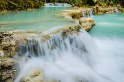 Kuang si waterfall, Tad Kwangsi Royalty Free Stock Photos