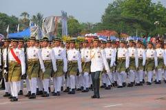 KUANTAN 31-ОЕ АВГУСТА: Малайзийцы участвуют в параде национального праздника, ce Стоковая Фотография RF