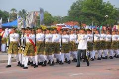 KUANTAN 31 AGOSTO: I malesi partecipano alla parata di festa nazionale, Ce Fotografie Stock Libere da Diritti