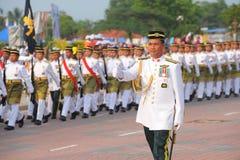 KUANTAN 31 DE AGOSTO: Los malasios participan en el desfile del día nacional, celebrando el 58.o aniversario de la independencia  Imagen de archivo