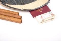 Kubański cygaro i kapelusz Fotografia Royalty Free