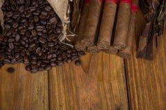 Kubańskich cygar powiązane rzeczy Zdjęcia Royalty Free