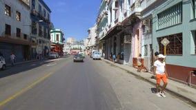 Kuba, Hawana, ruch w dystrykcie Habana Centro zdjęcie wideo