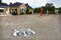 Kuba, Missouri, Vereinigte Staaten - circa Lastwagen-Rad-Motel im Juni 2016 auf Weg 66 Kuba Missouri Vereinigte Staaten stockfotos