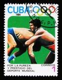 Kuba zeigt zwei Ringkämpfer, 23. Sommer-Olympische Spiele, Los Anbgeles 1984, USA, circa 1984 Stockbilder
