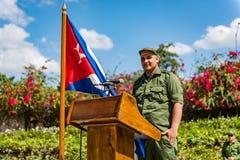 Kubanischer Soldat am Podium - Landhaus Clara, Kuba Lizenzfreie Stockbilder