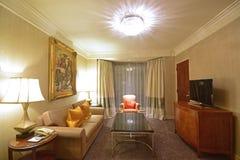 Kubanisches themenorientiertes Wohnzimmer einer Luxushotel-Reihe Lizenzfreie Stockbilder