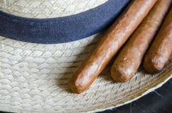 Kubansk cigarr Arkivfoto