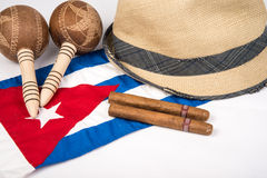 Kubansk cigarr och hatt Fotografering för Bildbyråer