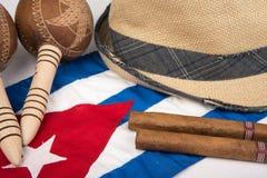 Kubansk cigarr och hatt Arkivbilder